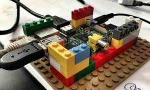 LEGO Raspberry Pi Gehäuse von Georg Holzer